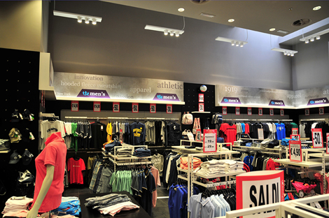 Project of lighting of Champion stores in Italy continues